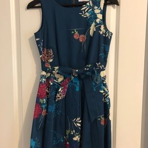 Closet London - blue floral dress - EUC - Size 6